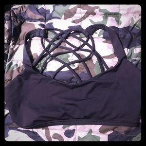Lululemon sports bra size 10 with removable pads
